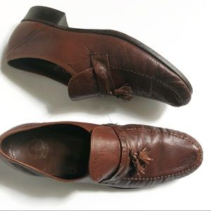 Florsheim mens brown leather loafers w/ tassels